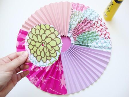 Izdelaj vetrnico v obliki cveta - brezideje.si - 2b