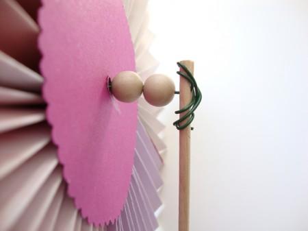 Izdelaj vetrnico v obliki cveta - brezideje.si - 2d